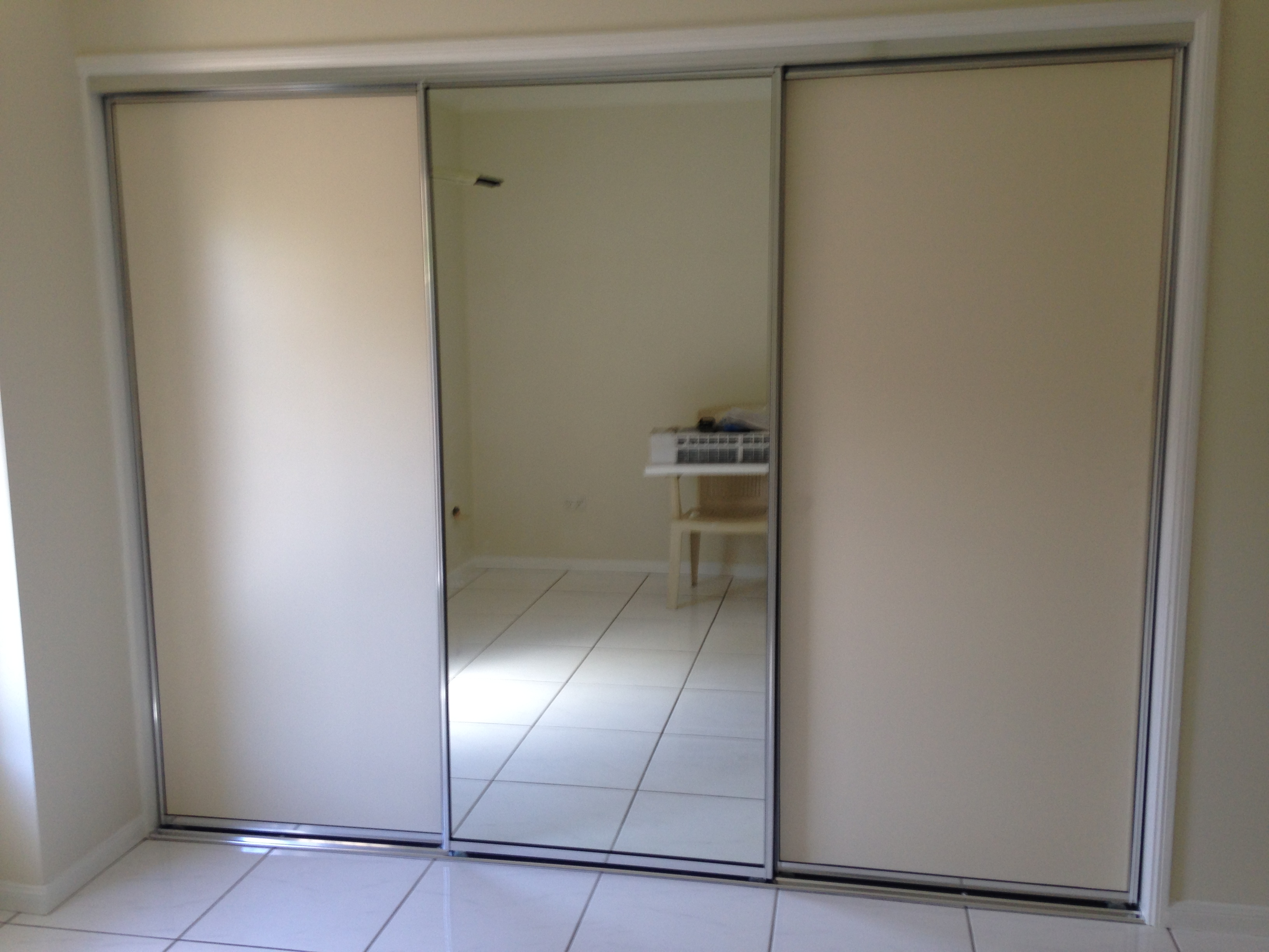 Doors - 2 Lami Panel - 1 Mirrored